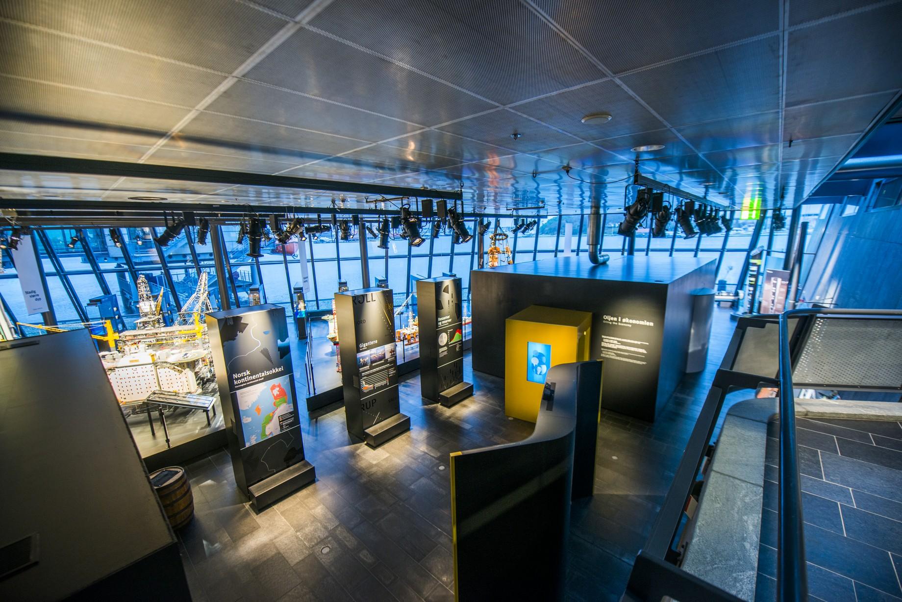 Oljemuseets utstillinger prolog og økonomiutstilling foto Fredrik Ringe