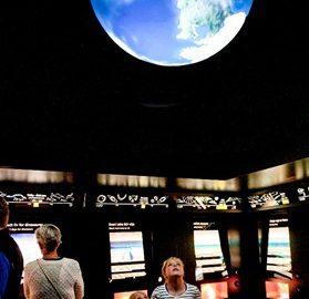 Utstillingen Jordens fortid foto Shade B Martins