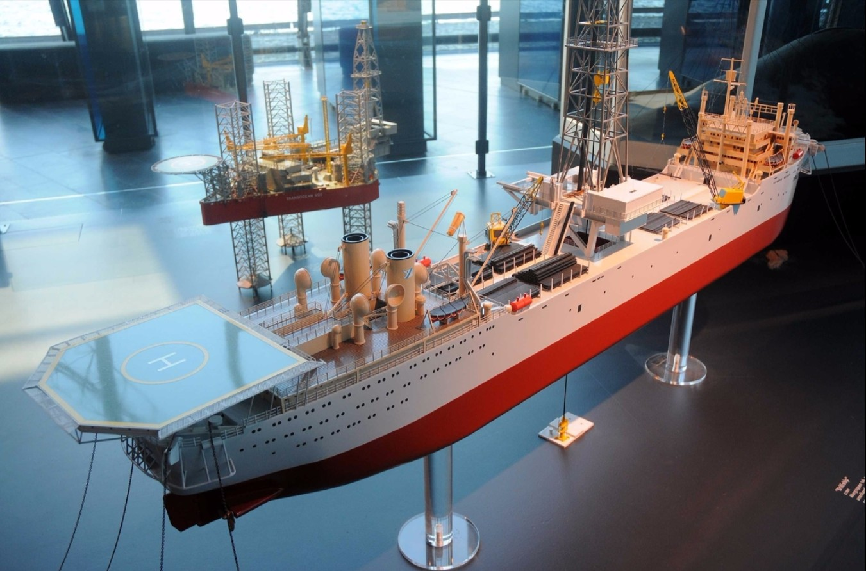 Modell av Drillship i oljemuseets utstilling